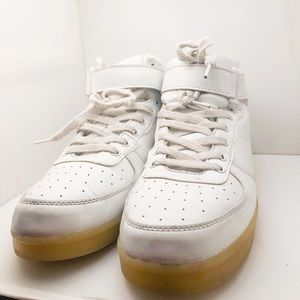 Plug in/ light up Sneakers 10.5